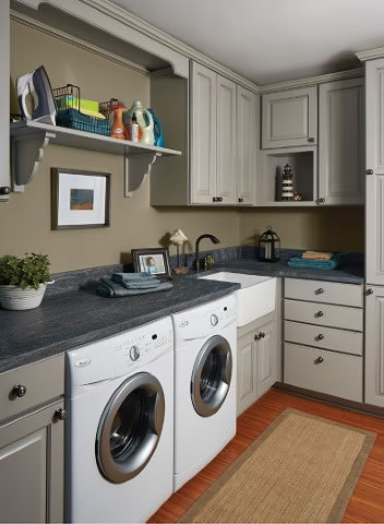 Towne Maple Laundry Room
